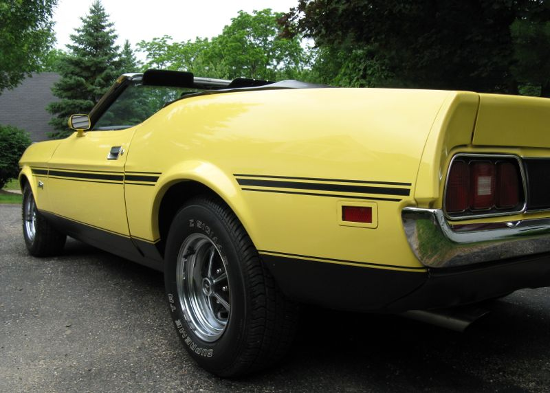 picture of Ford Mustang, 1972, convertible, yellow/black, Ram Air